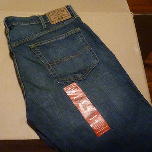 JEANS 38W 32L - LEVI STRAUSS SIGNATURE Relaxed NWT